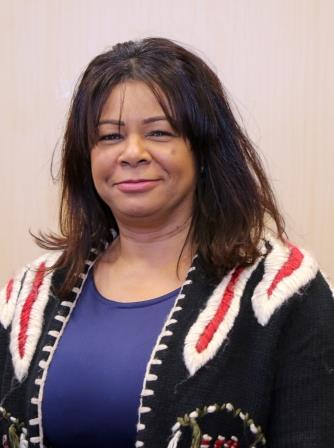 photograph of Maxine Robinson public governor for nottinghamshire healthcare